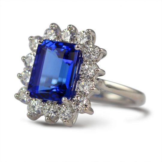 18ct White gold Tanzanite and Diamond Cocktail Ring.