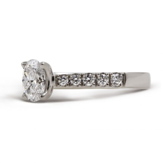 Platinum Classic Skye Oval Diamond
