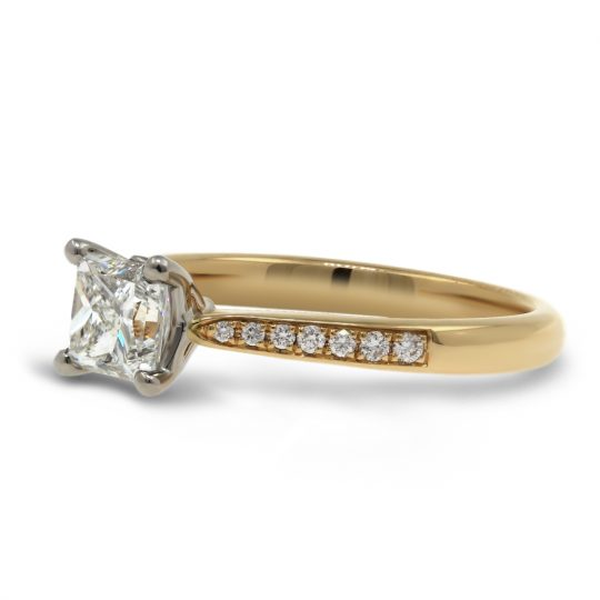 18ct Yellow Gold Diamond Ring  MemTulip Princ .91cts E VS2